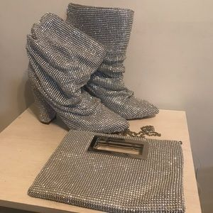 Diamond studded boots with clutch ✨